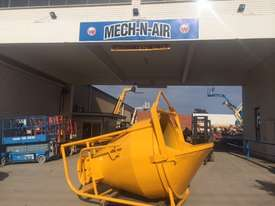 KIBBLE BUCKET RMD 1.5M - picture0' - Click to enlarge