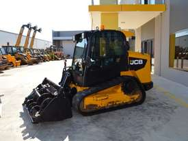 JCB 320T 4IN1 auger drive, augers, levelling bar  - picture2' - Click to enlarge