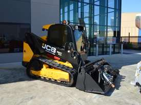 JCB 320T 4IN1 auger drive, augers, levelling bar  - picture3' - Click to enlarge