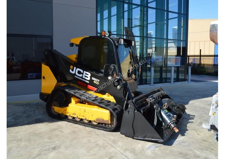 JCB 320T 4IN1 auger drive, augers, levelling bar