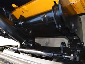 JCB 320T 4IN1 auger drive, augers, levelling bar  - picture5' - Click to enlarge