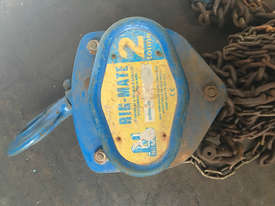 Chain Hoist 2 ton x 3 meter drop lifting Block and Tackle Nobles Rigmate - picture1' - Click to enlarge
