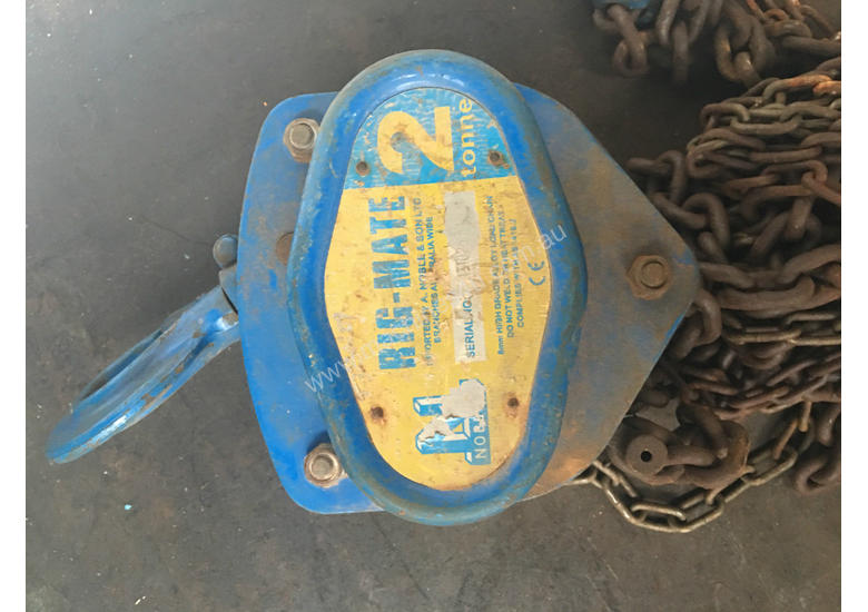 Chain Hoist 2 ton x 3 meter drop lifting Block and Tackle Nobles Rigmate