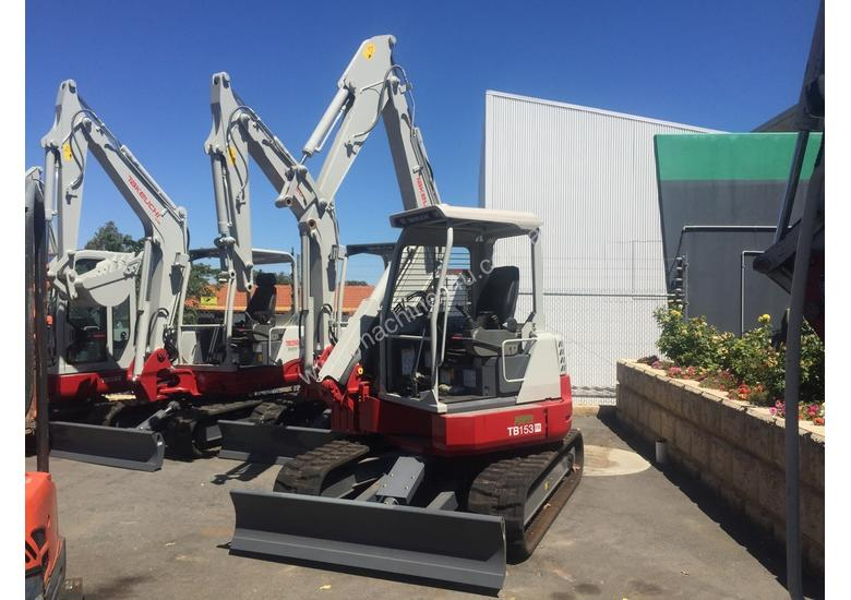 NEW : 5.5T MINI EXCAVATOR FOR SHORT AND LONG TERM DRY HIRE