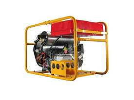Powerlite Briggs & Stratton Vanguard 16kVA Three Phase Petrol Generator - picture7' - Click to enlarge