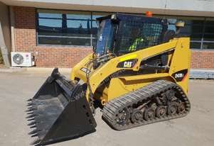 2012 CAT 247B3 TRACK LOADER WITH FULL A/C CABIN, TILT 4 IN 1 BUCKET AND 2688 HOURS