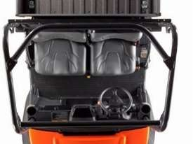 21.6 HP Diesel RTV Utility Vehicle - picture0' - Click to enlarge