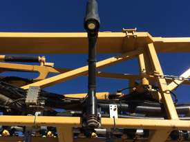 RoGator RG1300B Boom Spray Sprayer - picture3' - Click to enlarge