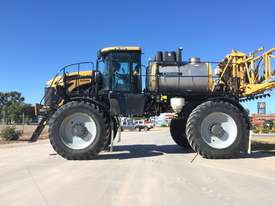 RoGator RG1300B Boom Spray Sprayer - picture8' - Click to enlarge