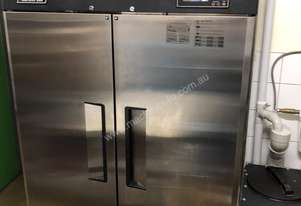 Turbo air upright freezer 2door