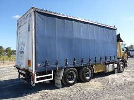 SCANIA P124 Tautliner Truck - picture2' - Click to enlarge