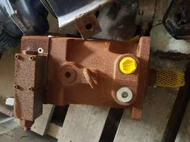Parker Hydraulic Pump - picture0' - Click to enlarge