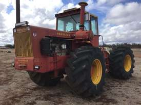 Versatile 800 FWA/4WD Tractor - picture0' - Click to enlarge