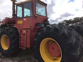 Versatile 800 FWA/4WD Tractor - picture1' - Click to enlarge