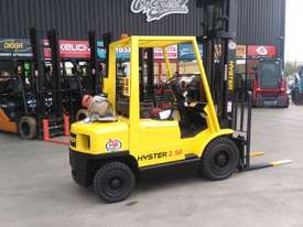 HYSTER H2.50XM 2.5T GAS FORKLIFT - picture0' - Click to enlarge