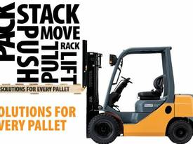 3.5 - 5.0 Tonne 7-Series 4-Wheel Forklift - picture3' - Click to enlarge