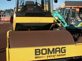 BOMAG BW177 VIBRATING SMOOTH DRUM ROLLER - picture2' - Click to enlarge