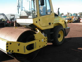 BOMAG BW177 VIBRATING SMOOTH DRUM ROLLER - picture3' - Click to enlarge