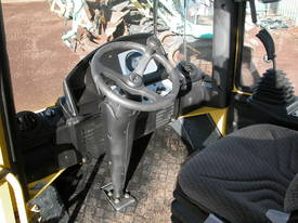 BOMAG BW177 VIBRATING SMOOTH DRUM ROLLER - picture12' - Click to enlarge