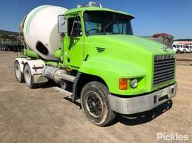 2003 Mack ML - picture0' - Click to enlarge