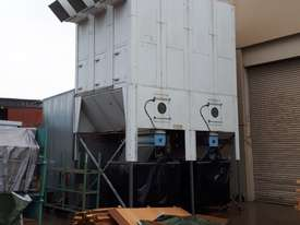 PRICE REDUCED on Large Reverse-Air Dust Extractor and Fan, 33,000 m3/hr, Fully Functional - picture1' - Click to enlarge
