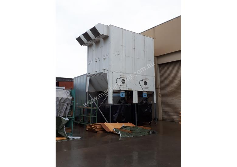 PRICE REDUCED on Large Reverse-Air Dust Extractor and Fan, 33,000 m3/hr, Fully Functional