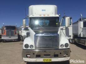 2011 Freightliner FLX Century Class S/T - picture1' - Click to enlarge