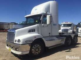 2011 Freightliner FLX Century Class S/T - picture2' - Click to enlarge
