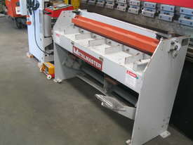 Hafco 1300 x 1.6mm Manual Guillotine - picture0' - Click to enlarge