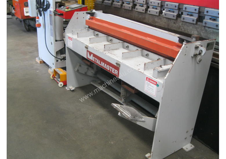 Hafco 1300 x 1.6mm Manual Guillotine