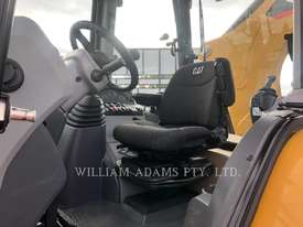 CATERPILLAR 432F2 Backhoe Loaders - picture2' - Click to enlarge