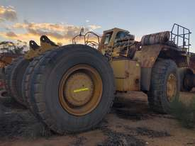 2004 Komatsu HD785-5 Water Cart - picture2' - Click to enlarge