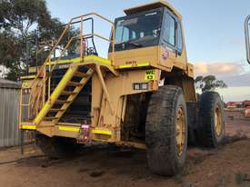 2004 Komatsu HD785-5 Water Cart - picture0' - Click to enlarge