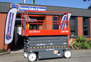 SKYJACK SJIII 4632 ELECTRIC SCISSOR LIFT
