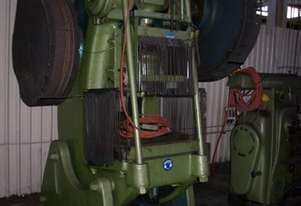 Goetz   70 ton press