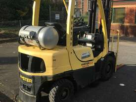 2.5T CNG Counterbalance Forklift - picture2' - Click to enlarge