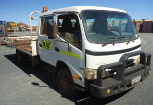 Hino 2009 300 Crew Cab Cab Chassis Truck