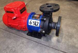 Magnetic Drive Chemical Transfer Pump, IN/OUT: 38mm Dia, 150Lt/min