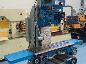 PUMA XL7036 BED MILL 3 AXIS DRO ISO40 - picture13' - Click to enlarge