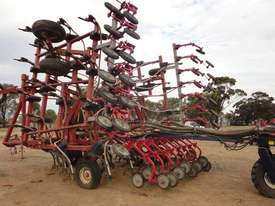 Morris Concept 2000 Air Seeder Complete Single Brand Seeding/Planting Equip - picture1' - Click to enlarge