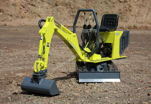 2016 POWERSHOVEL E1500 Mini Excavator KIT.
