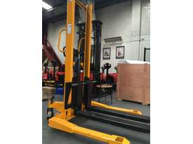 BRAND NEW Hangcha Manual stacker