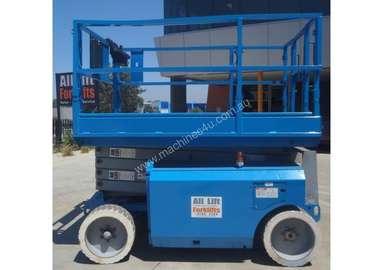 Genie 8 to 11m Scissor Lifts