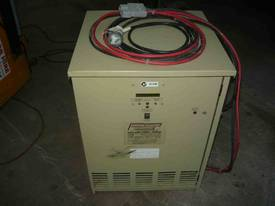 STANBURY 24VOLT FORKLIFT BATTERY CHARGER - picture1' - Click to enlarge