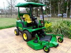 John Deere 1445/Front Deck/Out Front/Ride on mower