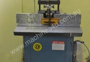 Heavy duty 240v spindle moulder