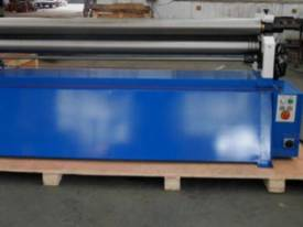 ACCUROLL 2070MM LENGTH | 3.5MM CAPACITY | MOTORISED | DRO | SHEET ROLLS - picture1' - Click to enlarge