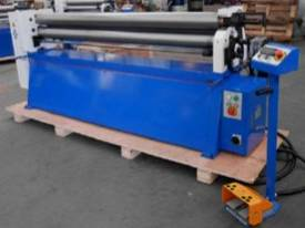 ACCUROLL 2070MM LENGTH | 3.5MM CAPACITY | MOTORISED | DRO | SHEET ROLLS - picture0' - Click to enlarge