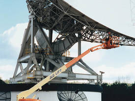 660SJ Engine Powered Boom Lifts - picture0' - Click to enlarge