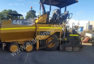 PRICE SLASHED - 2011 CAT AP500 Paver